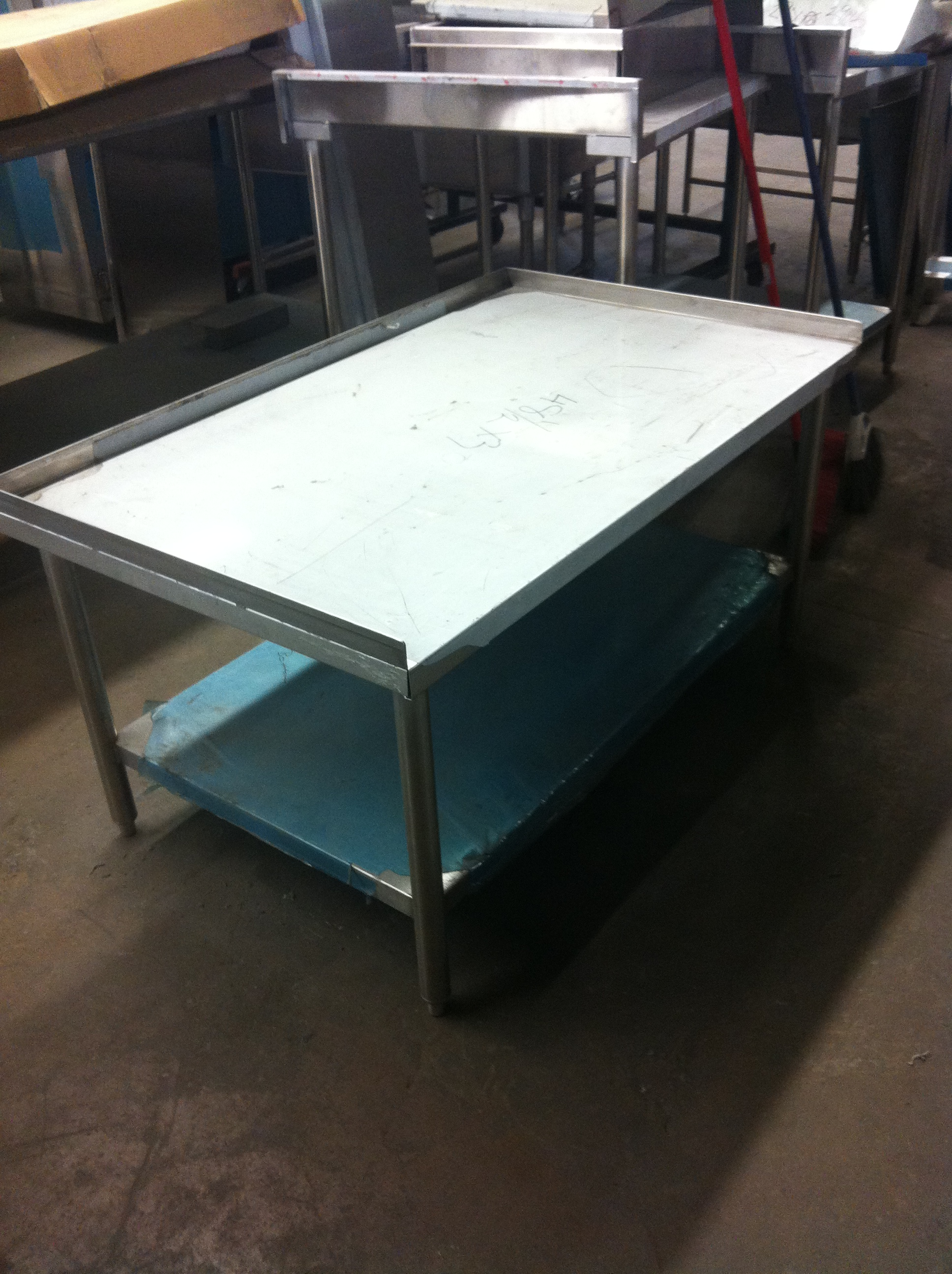 Stainless Steel Table With Backsplash And Sides - Stainless steel table with backsplash and sides